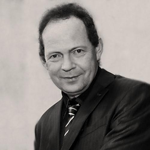 Author John Scally
