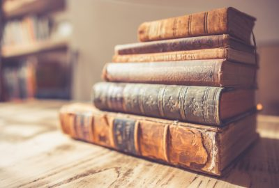 stack-old-books